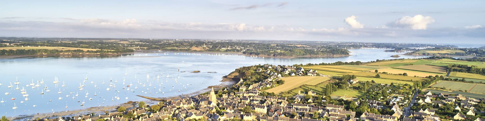 Our facilities and services | Saint-Malo - Bay of Mont-Saint ...