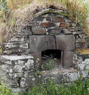 Bread oven - La Fresnais, Bay of Mont Saint-Michel