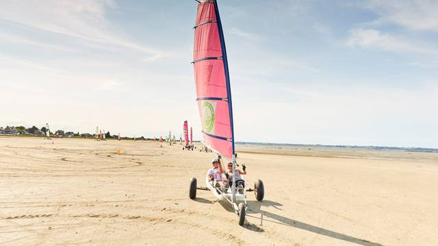 Sand yachting on the bay of Mont Saint-Michel #saintmalotourisme
