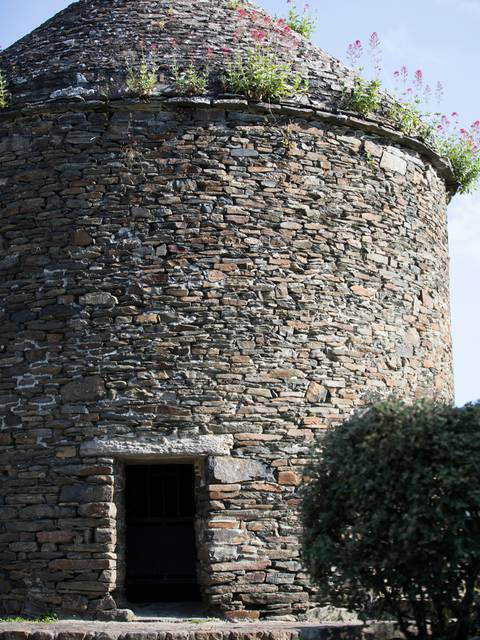 17th century dovecote in Lillemer